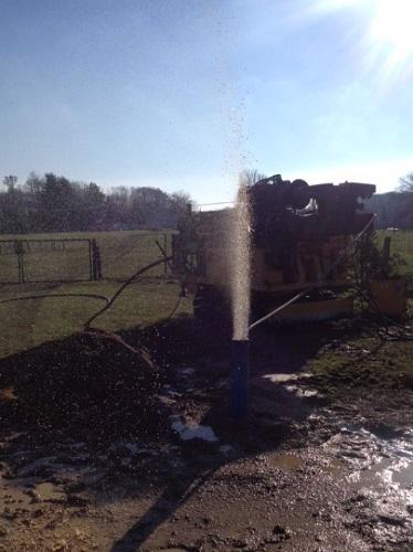 Forage de Puit pour Particulier - Source d'eau Terrain / Sourcier